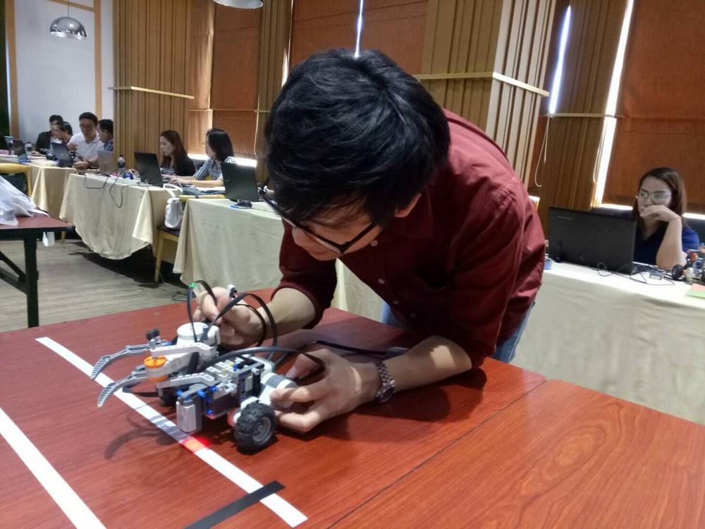 หุ่นยนต์อัตโนมัติ 3